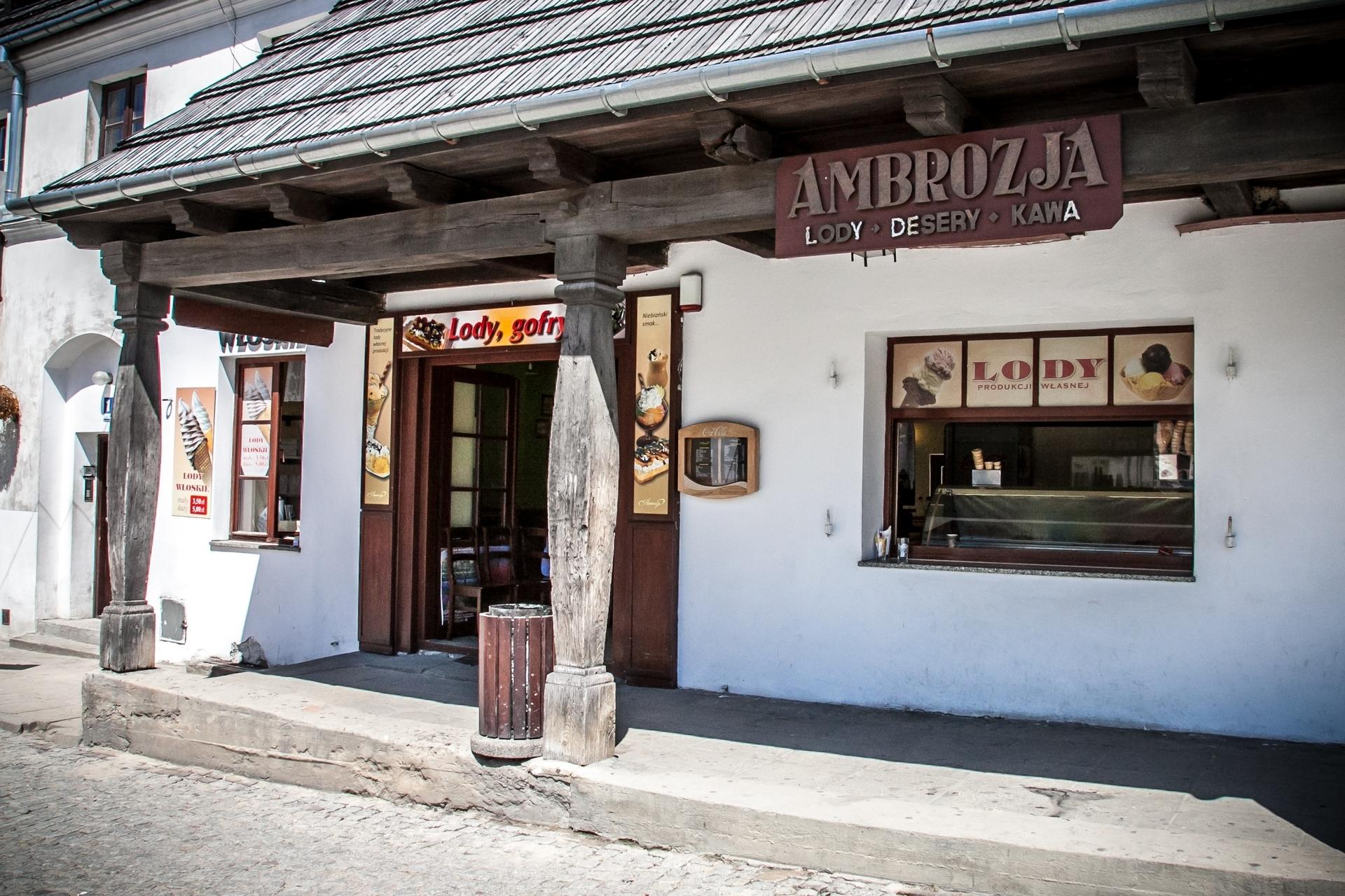 ambrozja-kazimierz-dolny-rynek-3